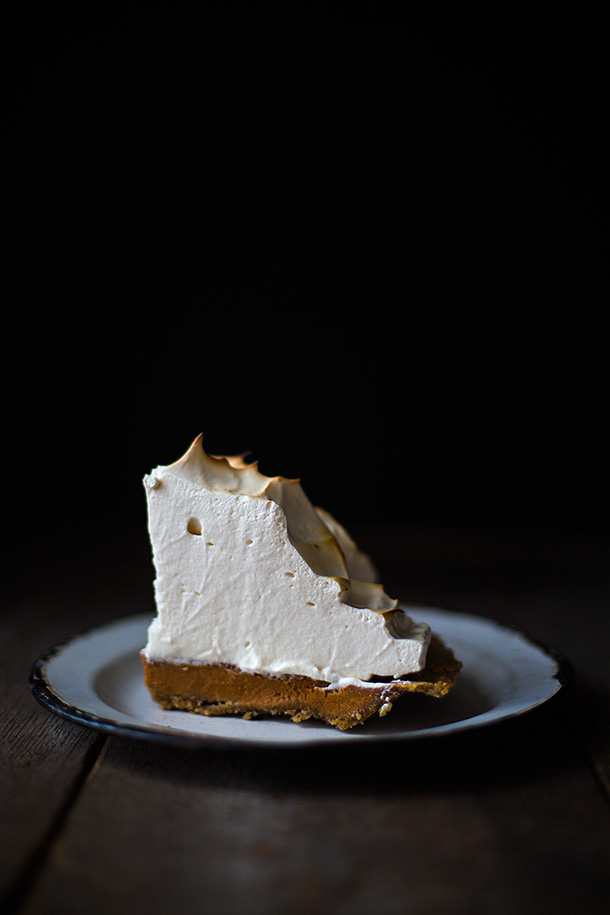 Sweet-Potato-Meringue-Pie-From-Slim-Palate